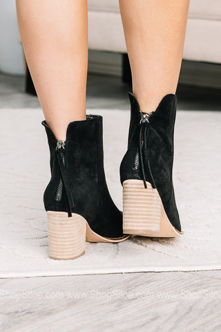 Wendy Pointed Toe Block Booties | Black