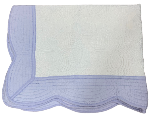 Scalloped Quilt - White with Baby Blue Border