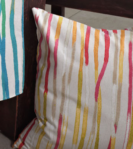 Graphic Line Pillow Coral