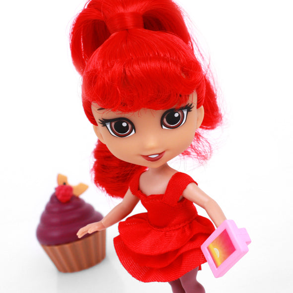 Sophia - For Keeps™ Girl with Cupcake Keepsake™ Series 1