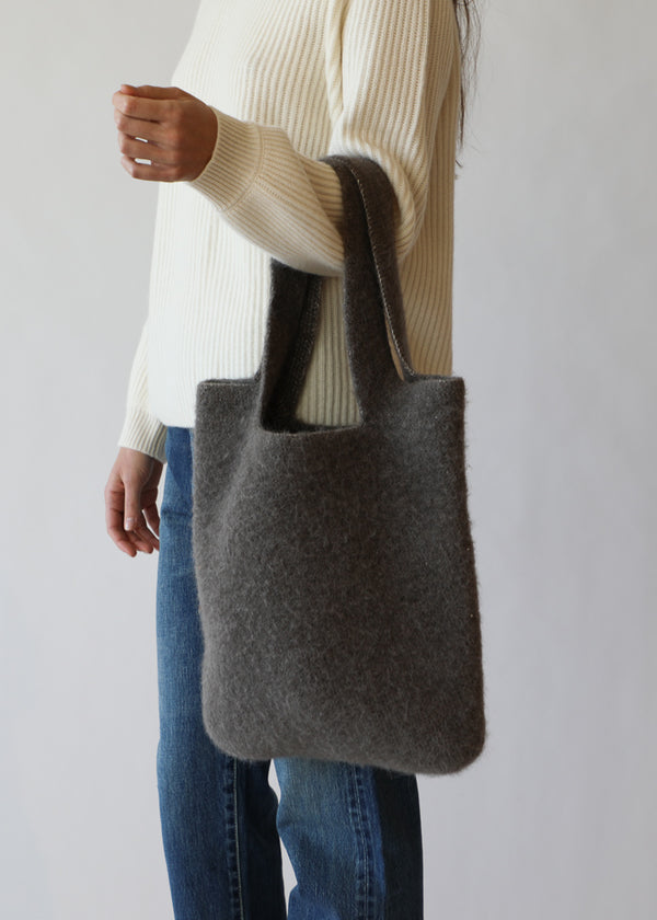 Felt Oval Tote in Graphite