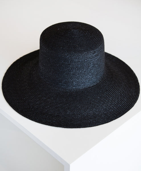 Clyde Medium Brim Flat Top Hat Black
