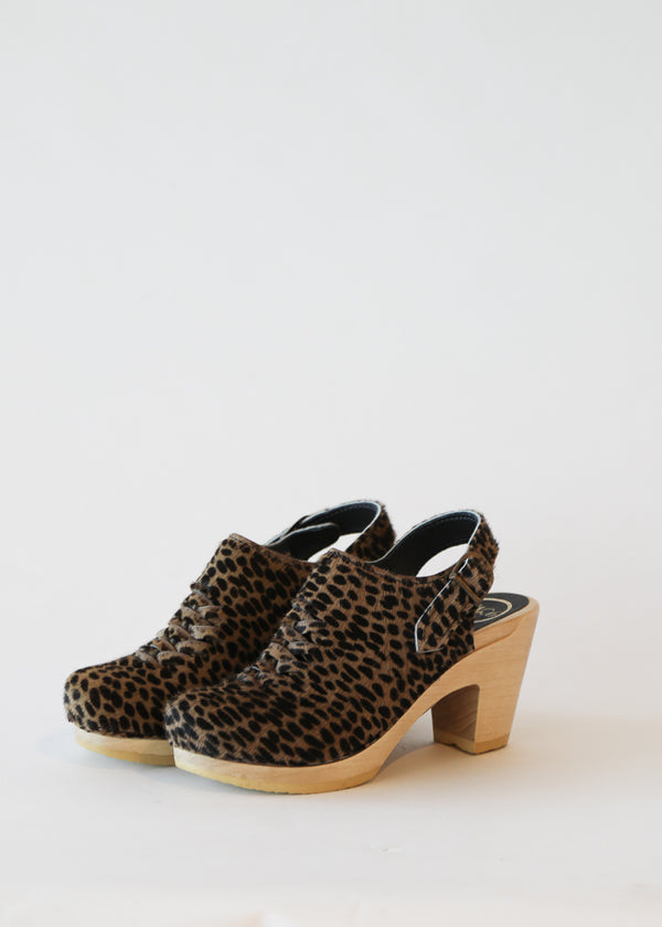 No. 6 Aimara Woven Clog in Spotted Pony