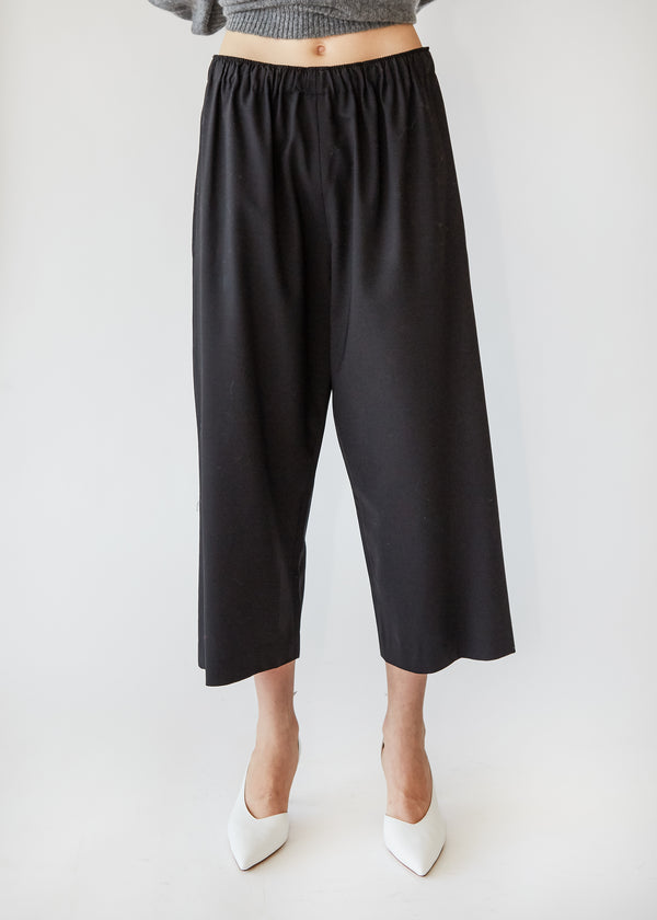 Wide Leg Pull on Pant in Black