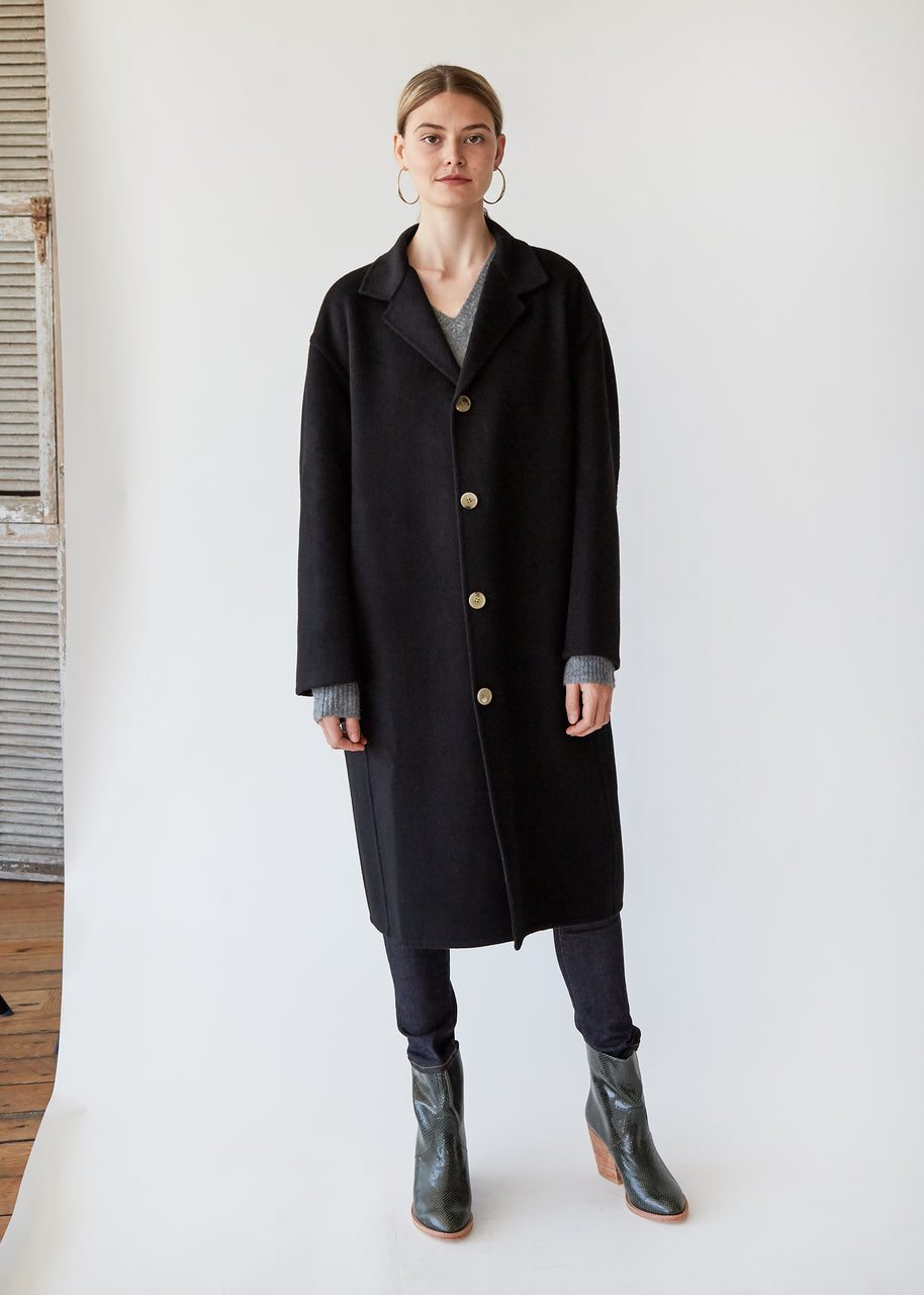 Wool/Cashmere Coat in Black