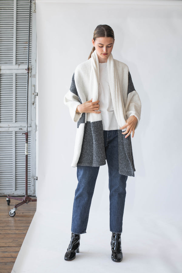 Haori Coat Blocking in Cream/Charcoal