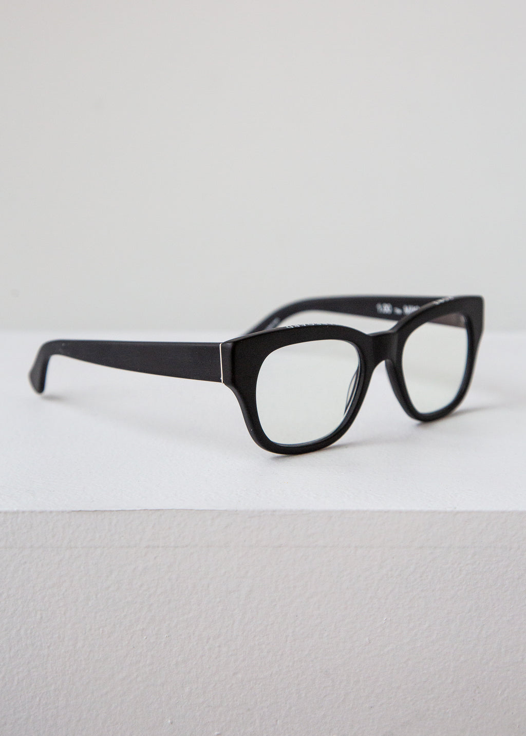 Miklos Readers in Matte Black