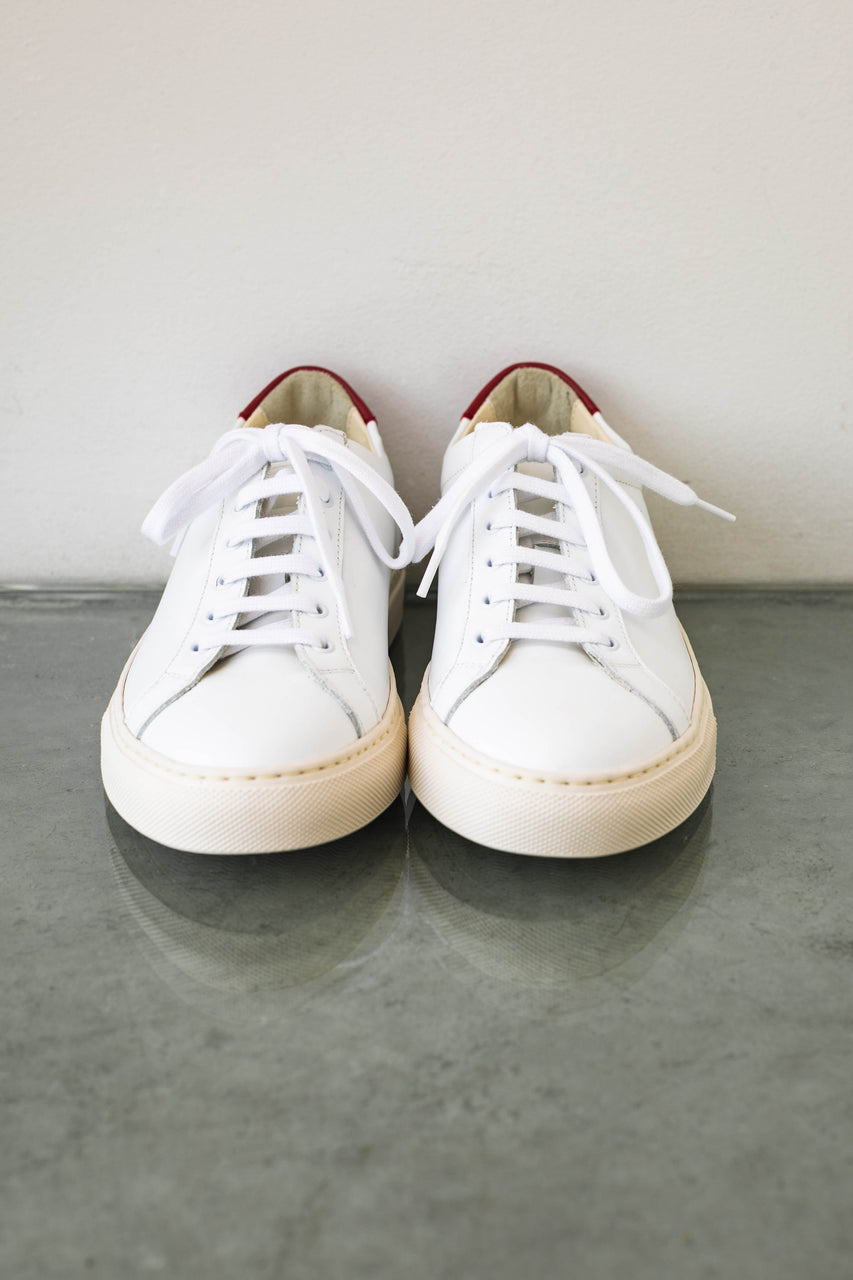 Retro Low in White/Red