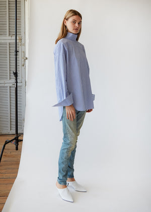 Oversize Mockneck Shirt in Cobalt/White Gingham