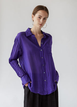 Button Up Shirt in Violet