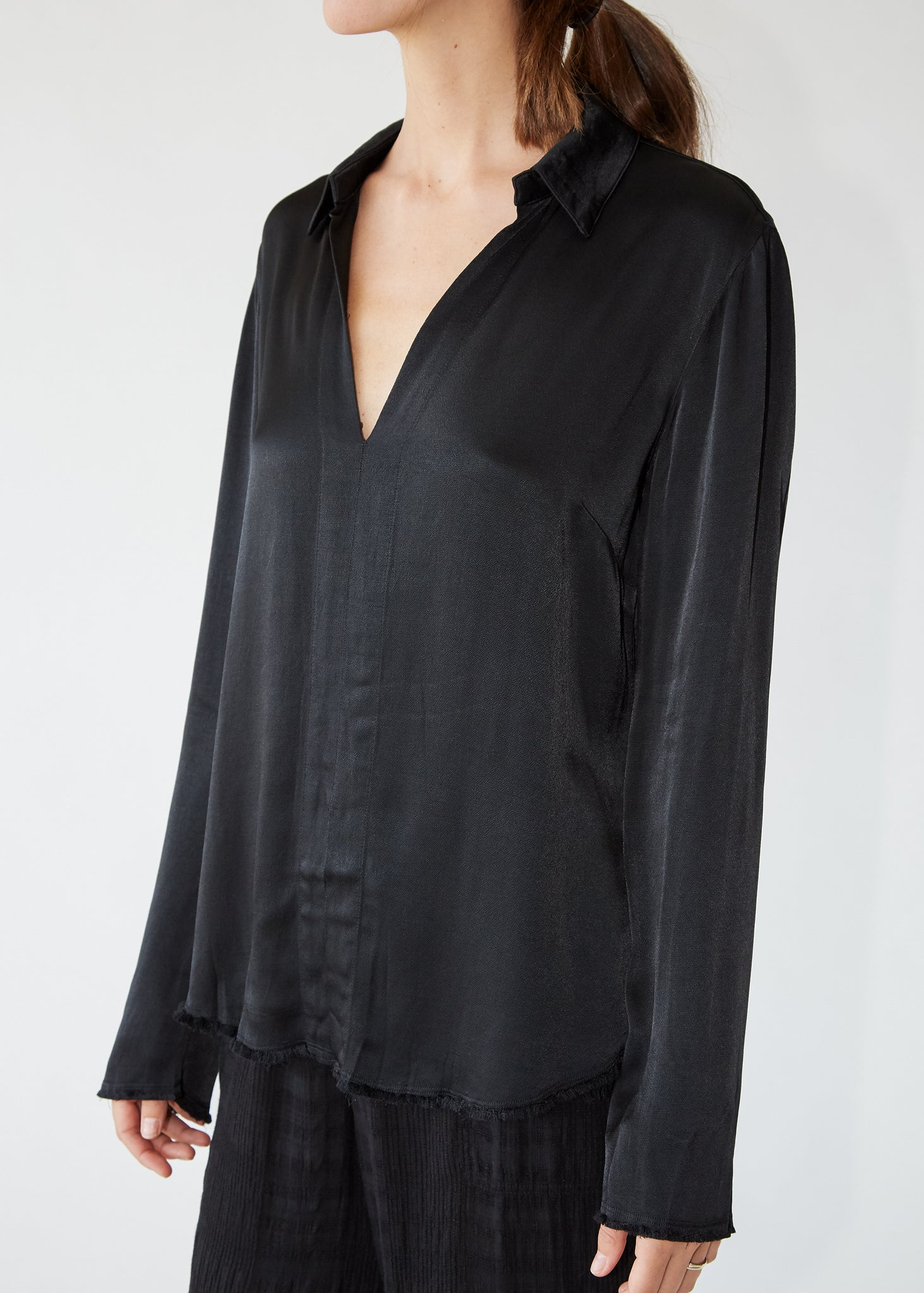Split Front Top in Black