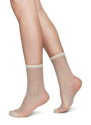 Swedish Stockings Vera Net Socks Ivory Micro Net