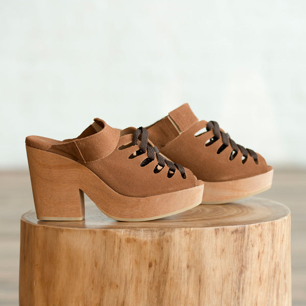 A Detacher - A Detacher Etta Lace-Up Clog Sienna  -  Finefolk - 1