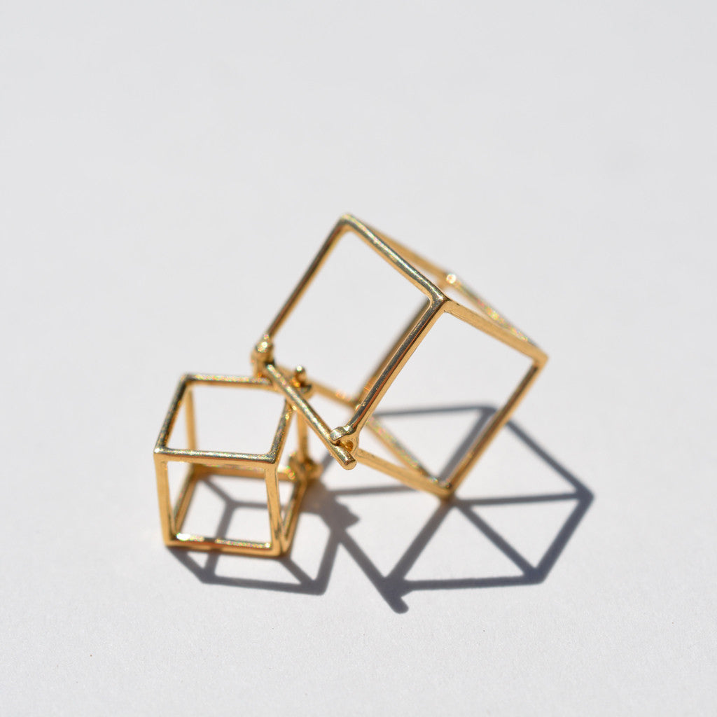 Shihara - Shihara Square Earrings 7mm - Finefolk - 1