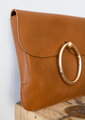 A Detacher Lou Clutch Caramel Leather - SOLD OUT