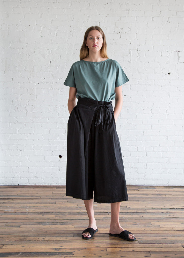 Black Crane Origami Culotte Pants Black