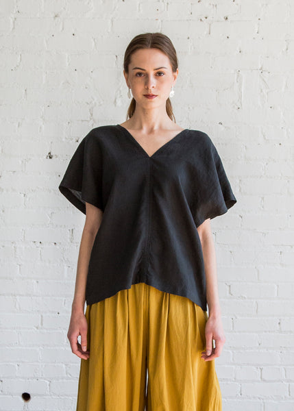 Black Crane Ginko Top Black