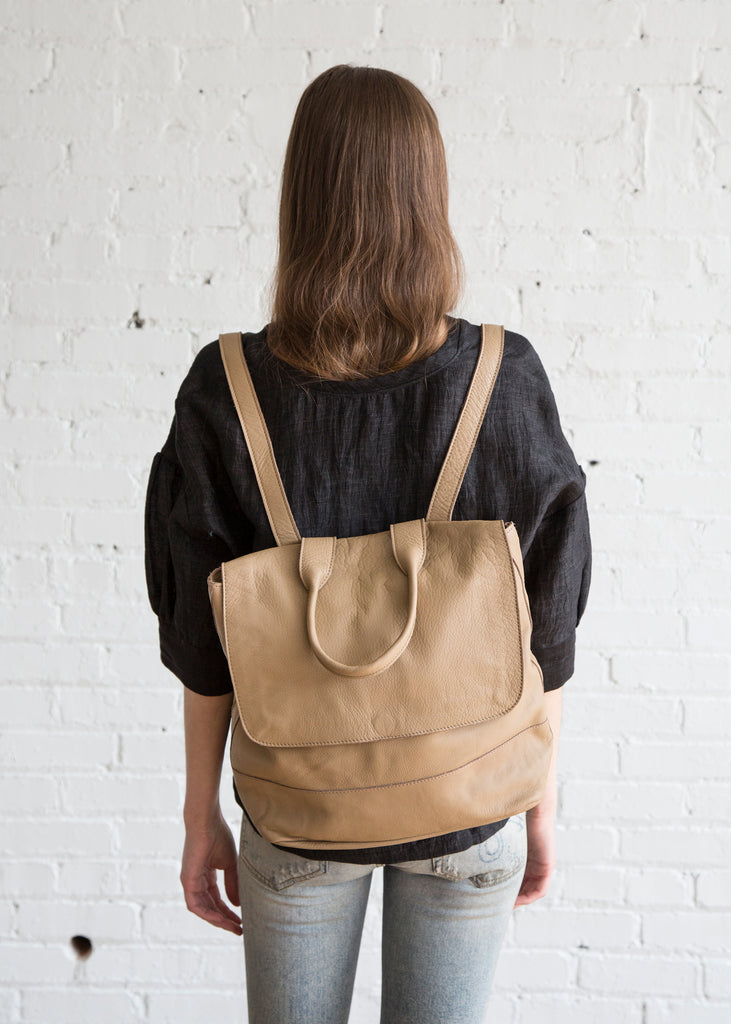 Clyde Room Backpack Taupe Leather