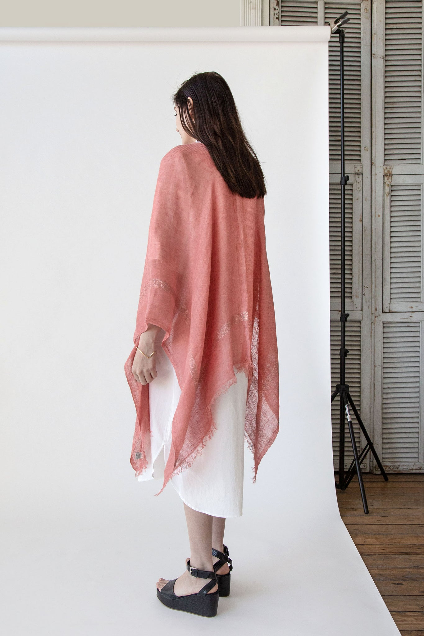 Bordy Poncho in Rose