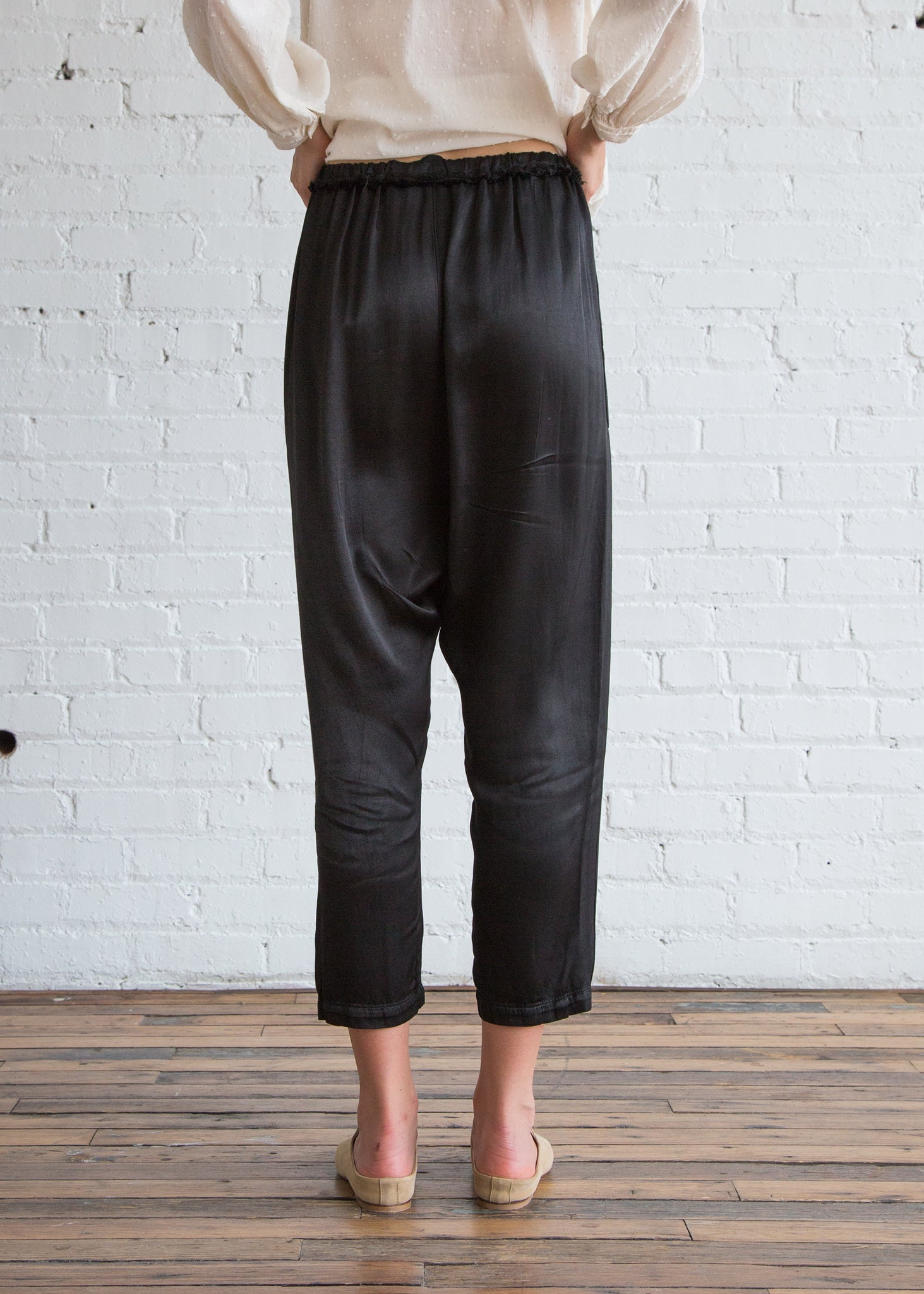 Raquel Allegra Pebble Satin Drop Crotch Pant Black