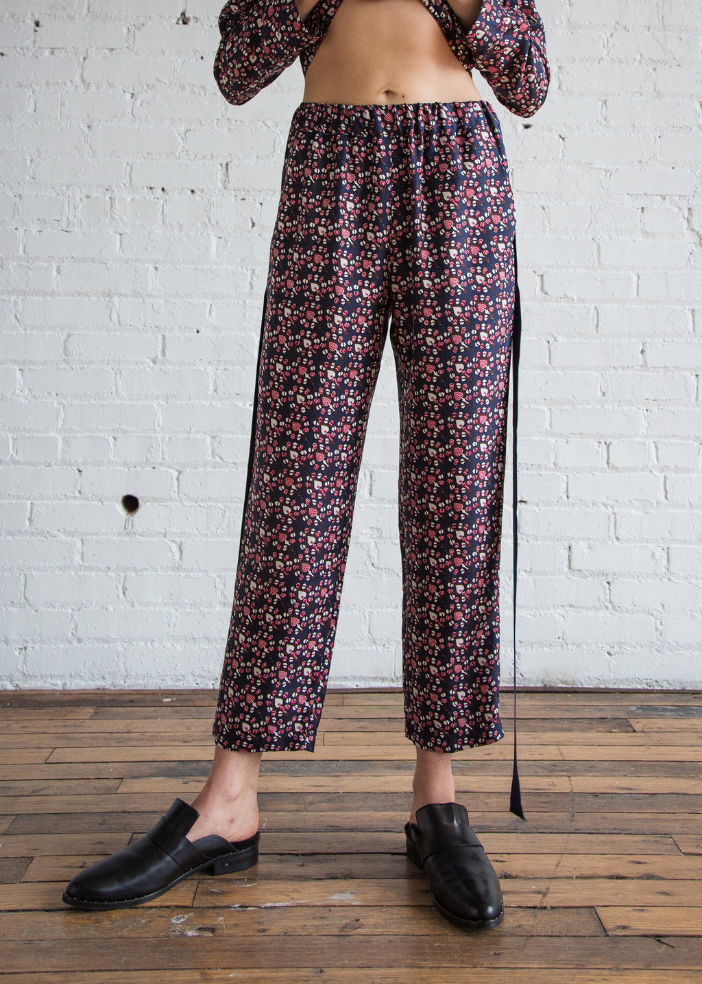 Raquel Allegra Ribbon Tux Pant Navy Red Paisley