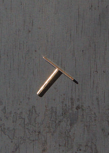 Long Staple Stud in 14K Gold
