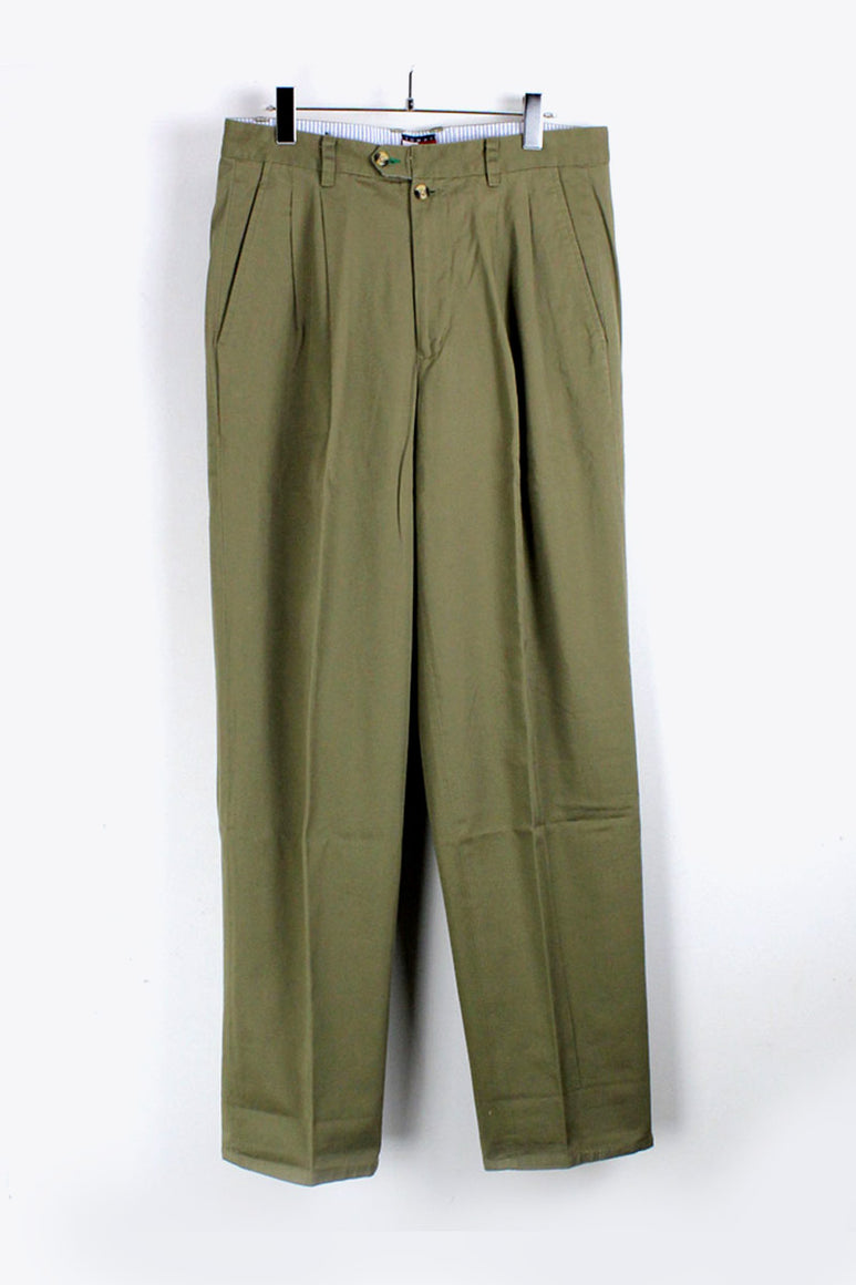 90'S TUCK CHINO PANTS / KHAKI [SIZE:32x32 DEAD STOCK][金沢店]