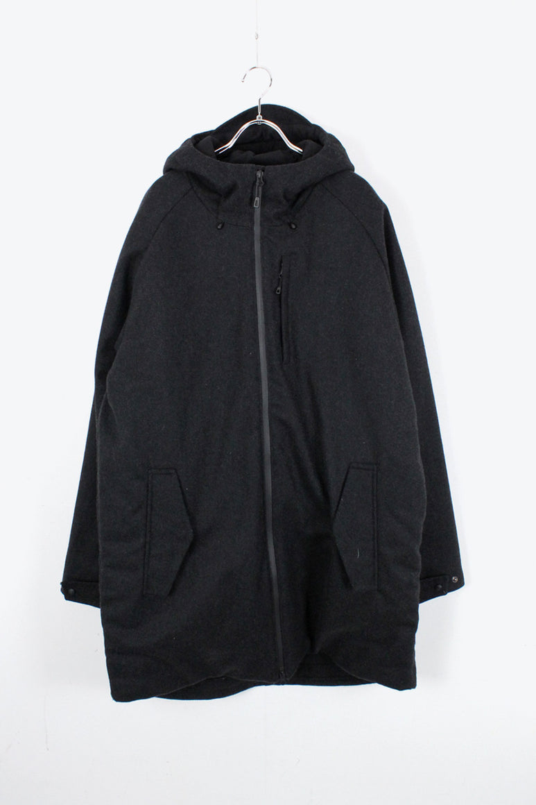 WOOL HOODED COAT / CHARCOAL [SIZE: L USED]