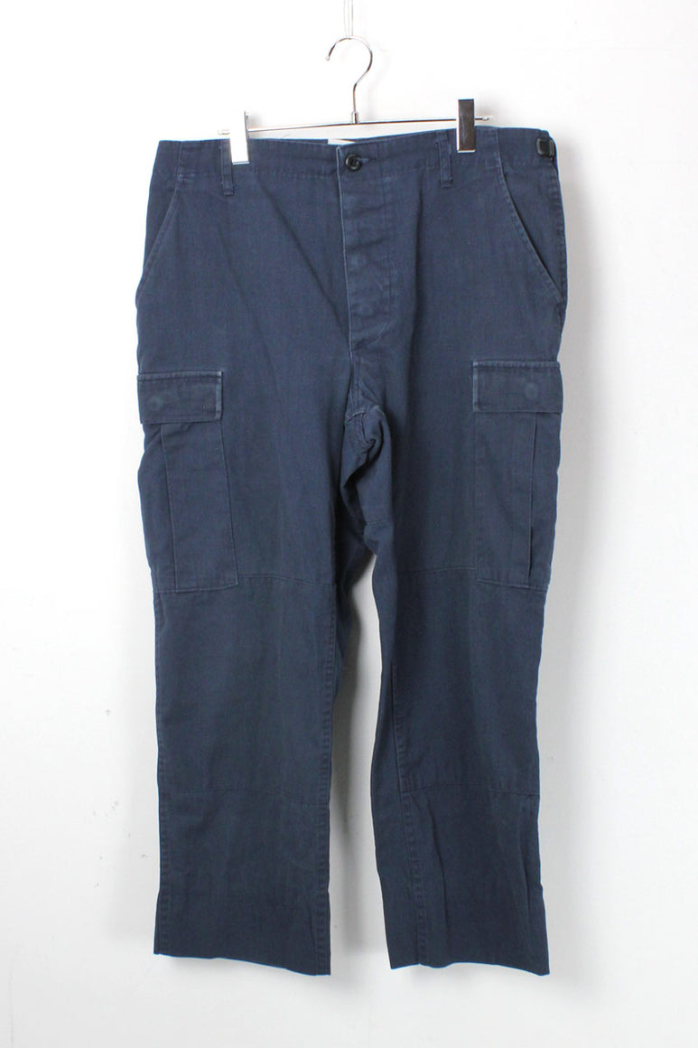 90'S CARGO PANTS / NAVY【SIZE:M USED】【金沢店】