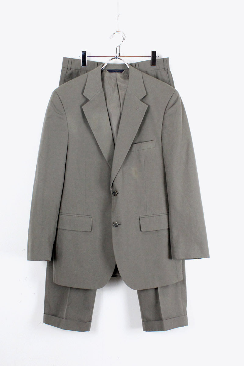 SUIT SET UP / KHAKI【SIZE:40R USED】【金沢店】