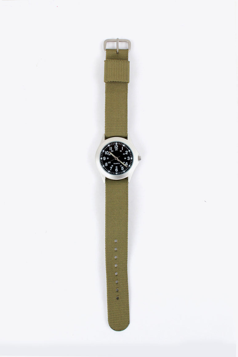MILITARY STYLE QUARTZ WATCH / OLIVE [NEW]