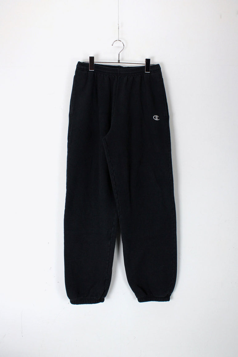 ONE POINT SWEAT PANTS / BLACK [SIZE: M USED]