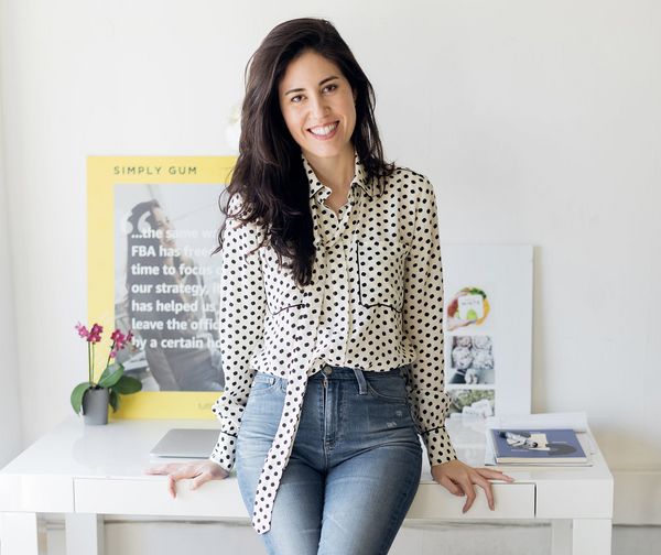 Our founder, Caron, started Simply gum in 2014 after she discovered that regular chewing gum was made of a plastic base and filled with artificial ingredients. She started making batches of gum in her New York City apartment and sold the first Simply Gum products in local stores throughout Manhattan. Our breath mints followed a few years later.