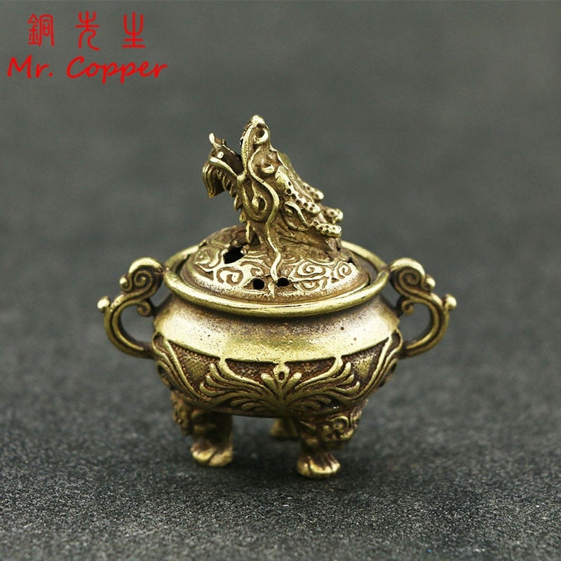 Antique Copper Tripod Incense Burner with Dragon Head Cover Brass Caldron Censer Chinese Pattern Incense Holder Home Desk Decor
