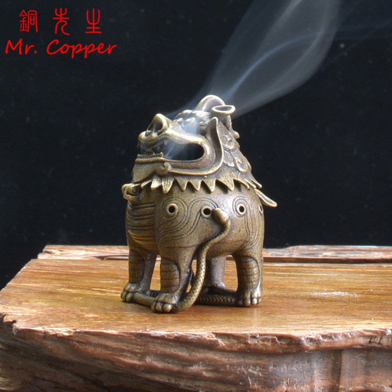 Antique Copper Classical Chinese Mythical Beast Incense Burners Ornaments Brass Mini Sandalwood Censers Home Decorations Crafts