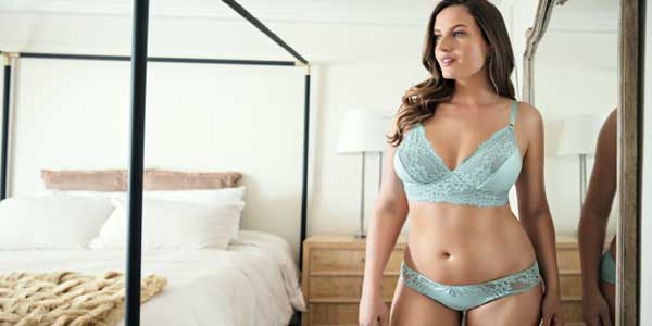 How to Shop for the Right Plus-Size Lingerie Online