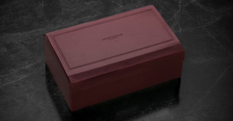 Jacques Marie Mage Hardcase red Limited Edition