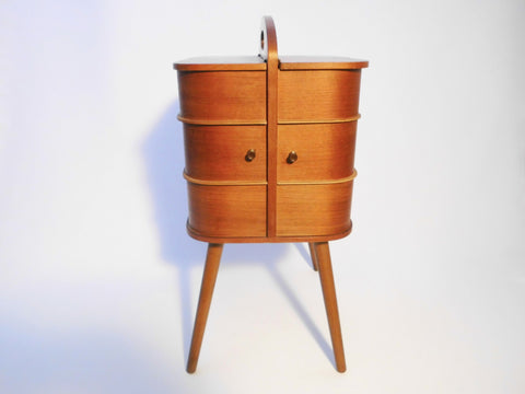 Sewing Box Teak     Danish Design 1950s