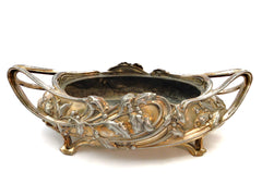 Oval Bronze Silverplated  Jardinière Art Nouveau, decorated with boughs of holly, ending in winding loops. Circa 1900 by Victor Saglier & Frères, Silversmiths Paris. Hallmarked.