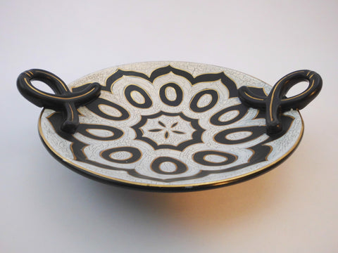 GOUDA Cameo Royal Centerpiece with a traditional  Black & White Javanese design.  N.V. Plateelbakkerij Zuid Holland 1954. Crackle finish, Matte glazed.