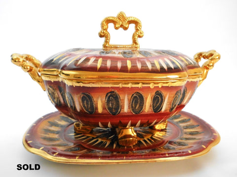 Ceramic Centerpiece/Soup-tureen & Plate created and hand painted by Hubert Bequet, Faïencerie Bequet Quaregnon Belgium around 1935.