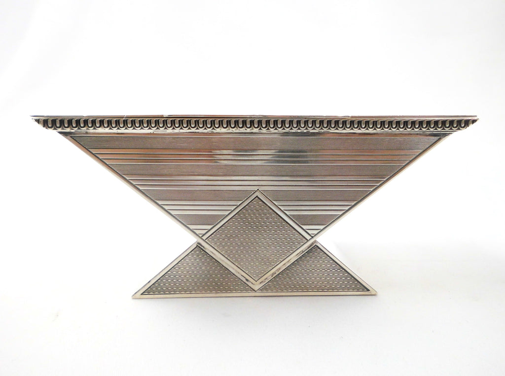 Art Deco Sterling Silver Jewellery Box. Splendid Geometric Jazz Age design. Silver-Gilt Interior. Hassett & Harper Ltd, Silversmiths, Birmingham 1932.