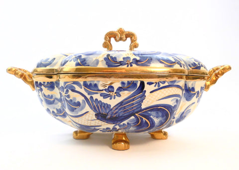 Ceramic Centerpiece/Soup-tureen created and hand painted by Jeanne Rorive, decorator at the Faïencerie H.Bequet Quaregnon Belgium,  between 1945 and 1976.