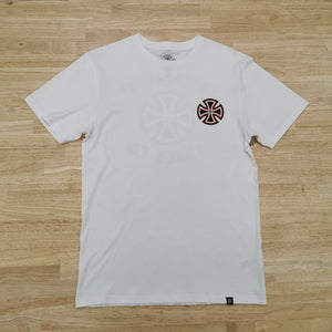 INDEPENDENT - PENNANT TEE - WHITE