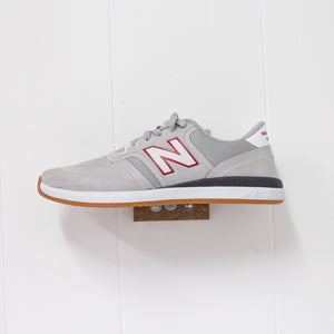 NEW BALANCE - NUMERIC 420 - GREY/RED