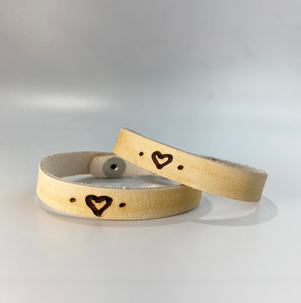 HEART <symbol>. -  Leather Sentiment Bracelet