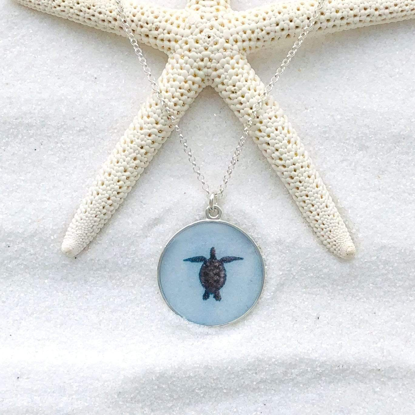 Turtle Round Necklace