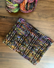 Load image into Gallery viewer, Knitting Pattern | Witch Hazel Cowl