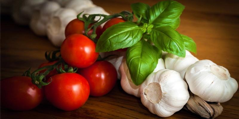 THE MOST COMMON INGREDIENTS IN ITALIA CUISINE