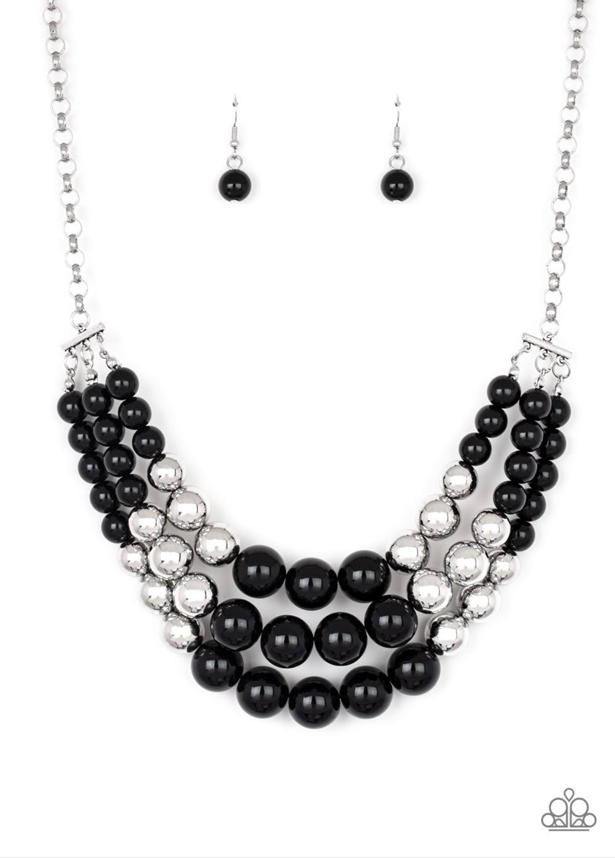 Dream Pop black and silver necklace
